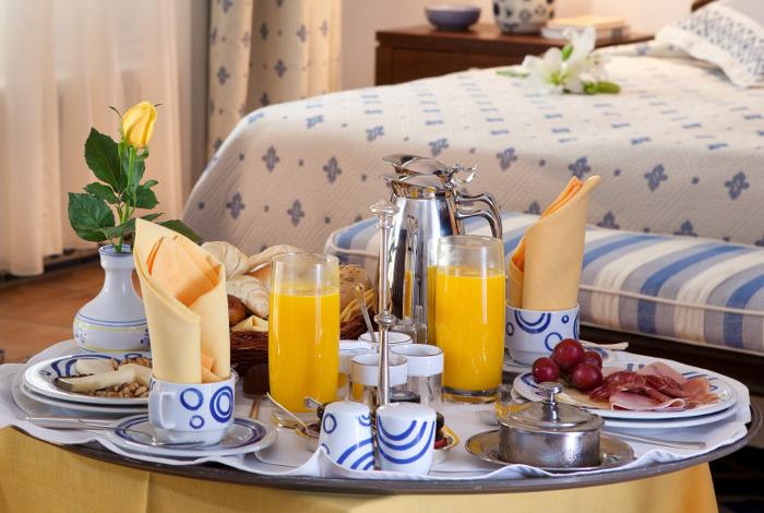 Romantic Breakfast at grand hotel residencia