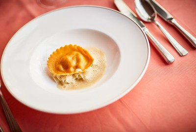 Lobster ravioli with fennel – Esencia restaurant